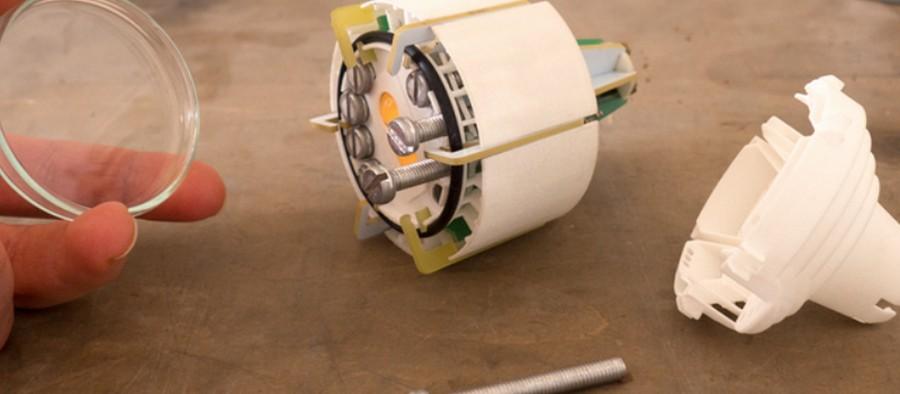 relumity diese led lampe ist nachhaltig und l sst sich reparieren. Black Bedroom Furniture Sets. Home Design Ideas