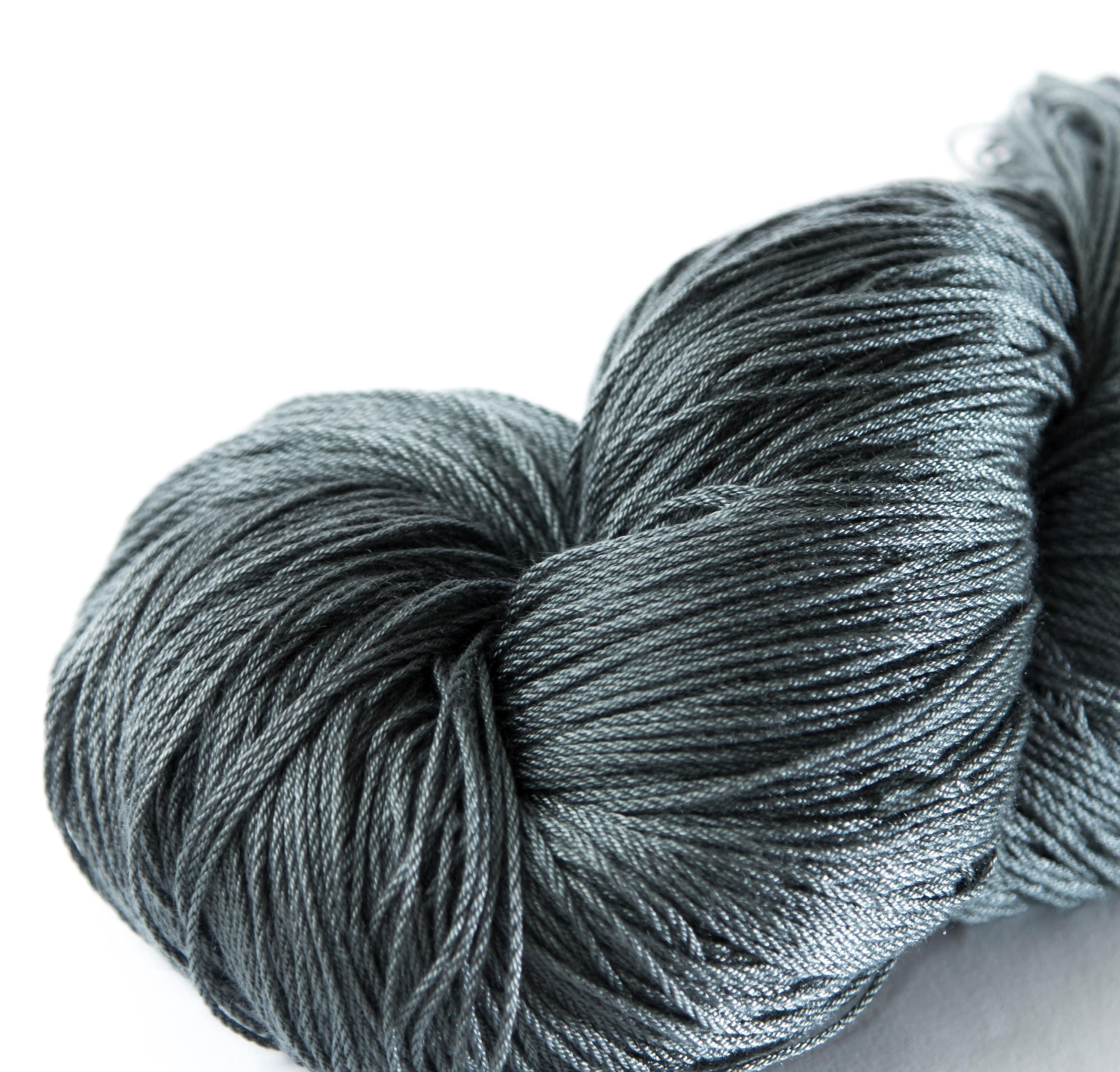 Gegenüber Wolle besitzt das Tencelgarn einige Vorzüge. (Foto: Vegarn.eu)
