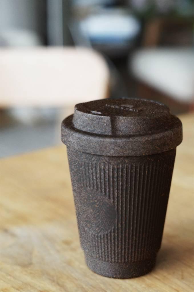 kaffeeform umweltfreundliches geschirr aus kaffeesatz. Black Bedroom Furniture Sets. Home Design Ideas