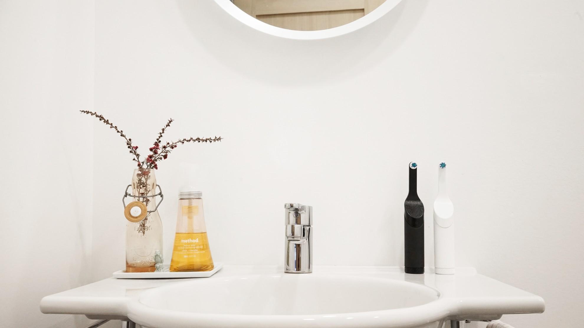 """Eine elektrische Zahnbürste zum """"Aufziehen"""". (Foto: Goodwell Company)"""