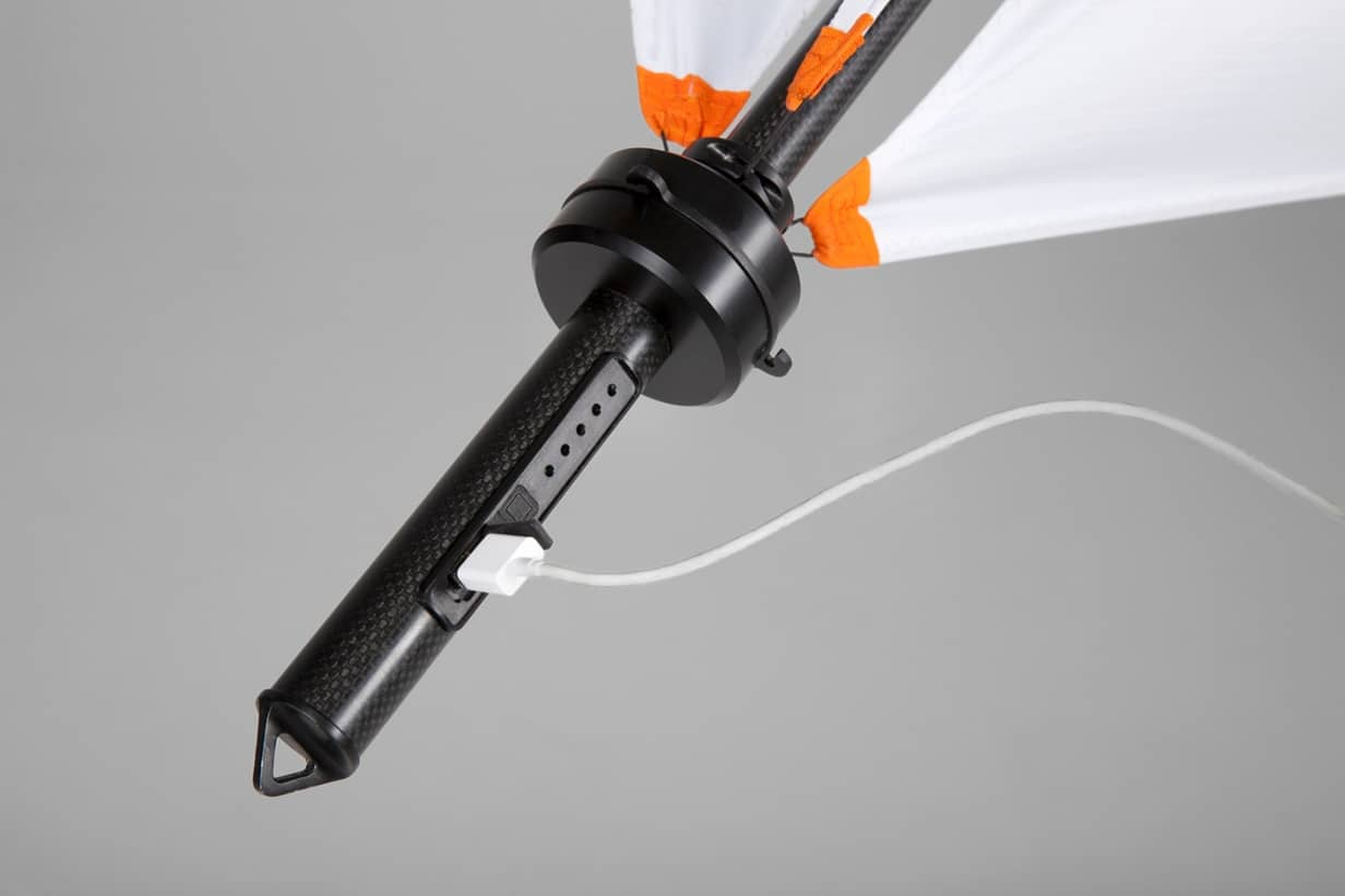 Geräte können via USB direkt aufgeladen werden. (Foto: Nils Ferber)