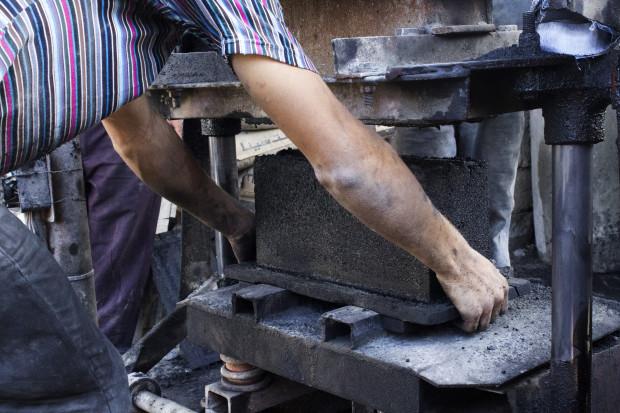 Die Steine können relativ einfach hergestellt werden. (Foto: GreenCake / Indiegogo)
