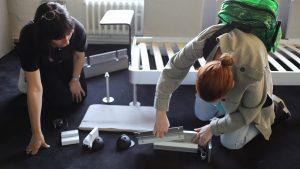 Studenten probieren Delaktig aus. (Foto: IKEA Today)