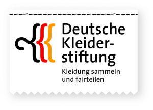 Dank der Deutschen Kleiderstiftung könnt ihr Spenden auch kostenfrei per Post schicken. (Foto: Deutsche Kleiderstiftung e.V.)