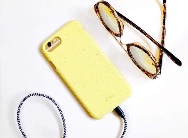 Verschiedene Farben sind erhältlich - leider vorrangig für iPhone-Modelle. (Foto: Pela Case)