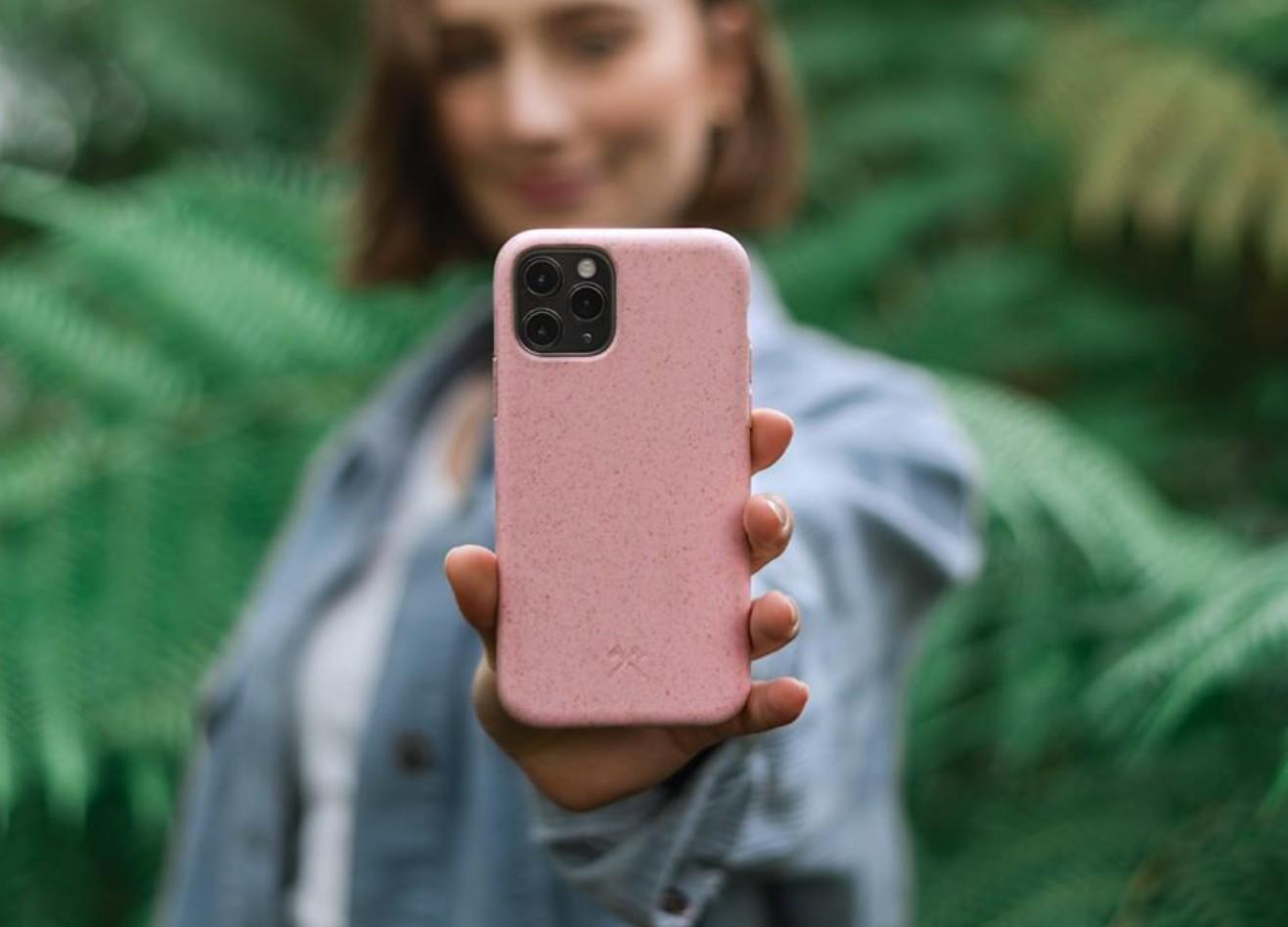 Für diverse Smartphone von Samsung und Apple gedacht. (Foto: Woodcessories)