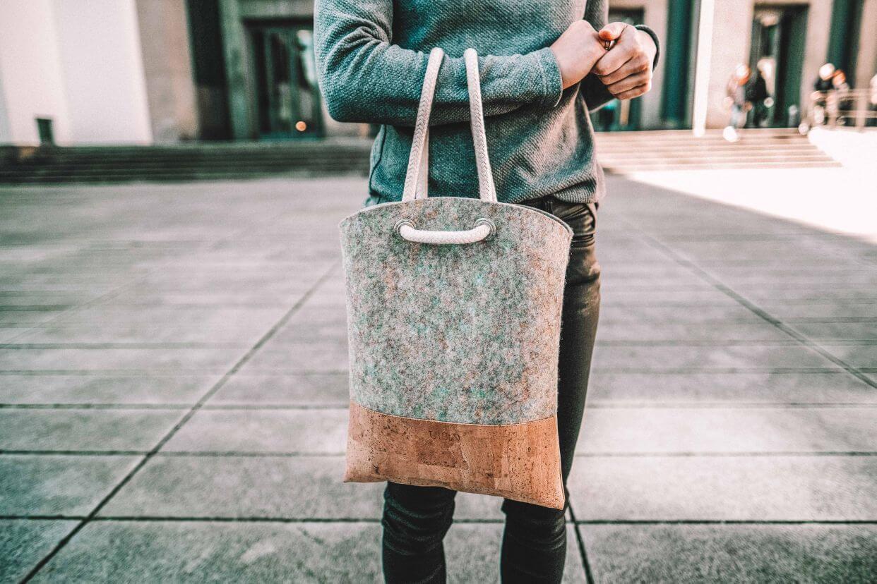 Langlebige Taschen aus Kork (Foto: UlStO)