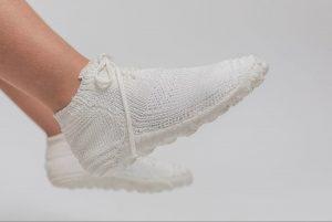 Minimalistische Schuhe, die sich selbst zersetzen. (Foto: Shahar Asor)